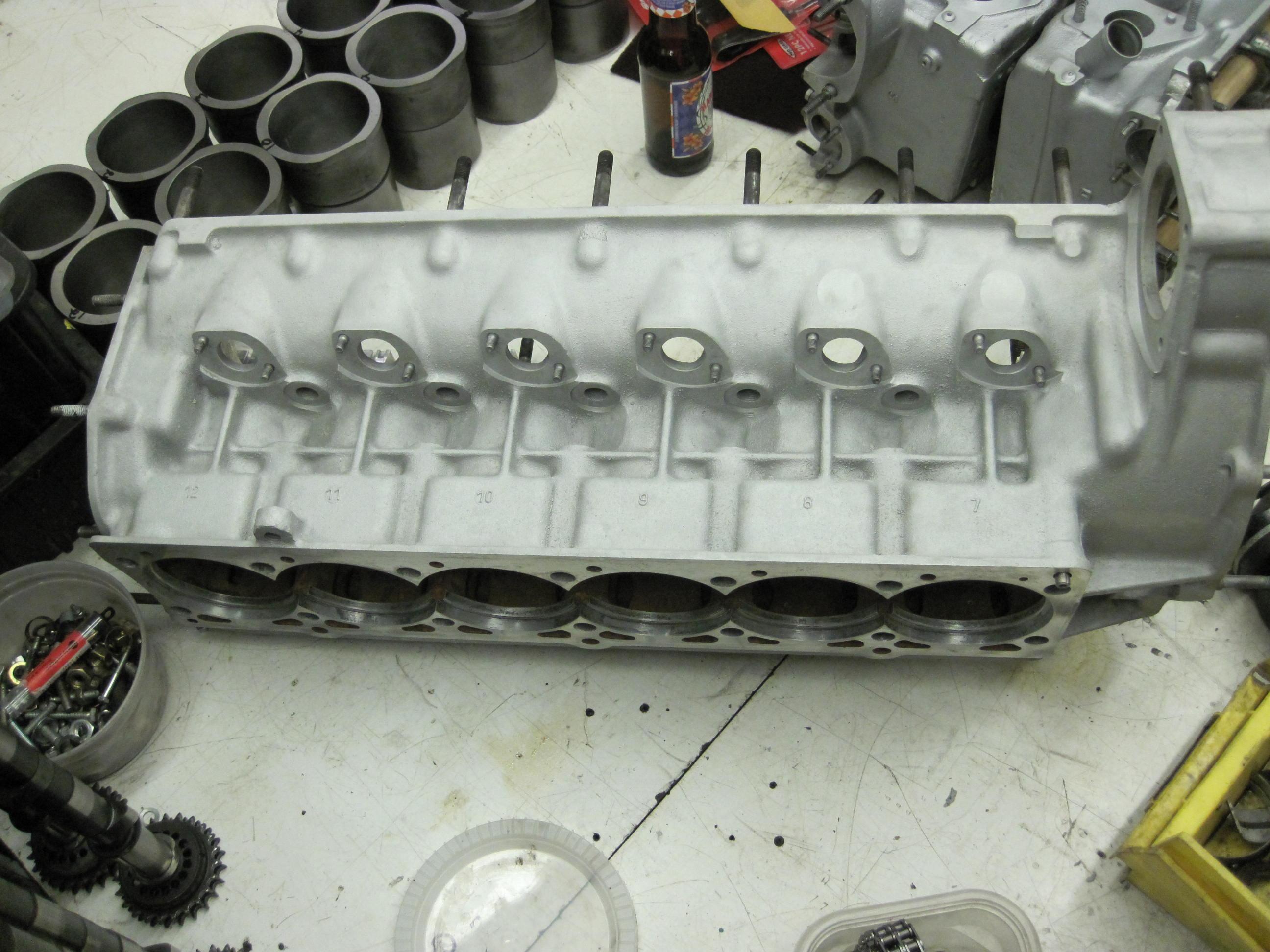 Ferrari 512BB engine overhaul
