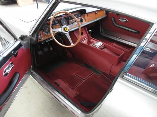 Ferrari GT 2+2 Interior