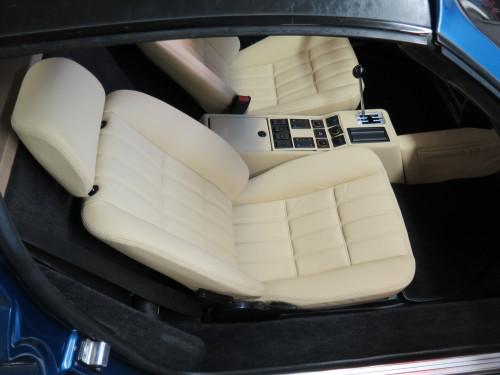 1986 Ferrari 328 Interior