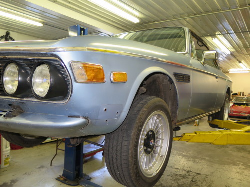 BMW E9 on the lift